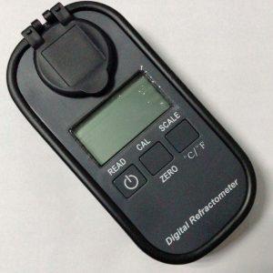 Rifrattometro elettronico