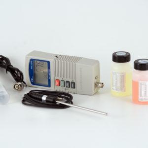 Phmetro da banco con elettrodo , sonda di  temperatura e soluzioni